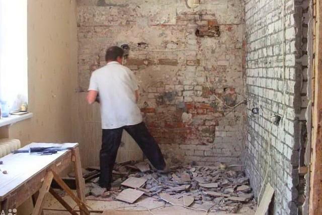 Украинца запретили проводить ремонтные работы на время карантина