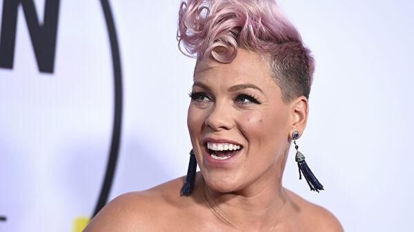 Певица Pink сообщила о положительном тесте на коронавирус