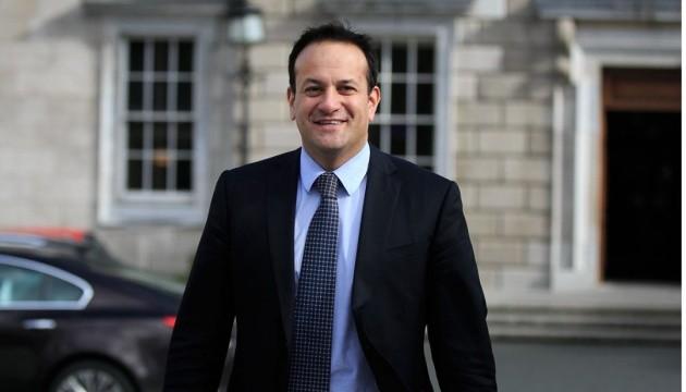 Ирландский премьер вернулся к профессии врача