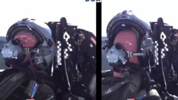 Французский пенсионер случайно катапультировался из самолета