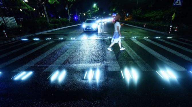 В Японии автоматические фары стали обязательными
