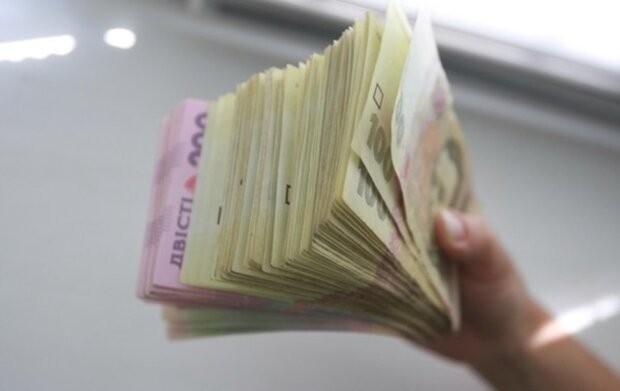 Украинцам рассказали все нюансы денежных переводов по новым правилам
