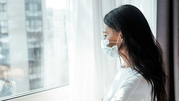 Диетолог и иммунолог назвали самые вредные привычки во время самоизоляции