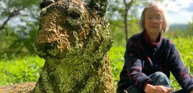 Полиция в Британии пыталась поймать тигра, который оказался скульптурой