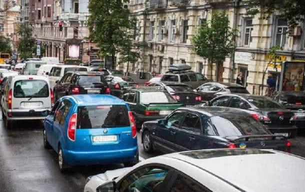 В сети появилось видео транспортного коллапса в Киеве