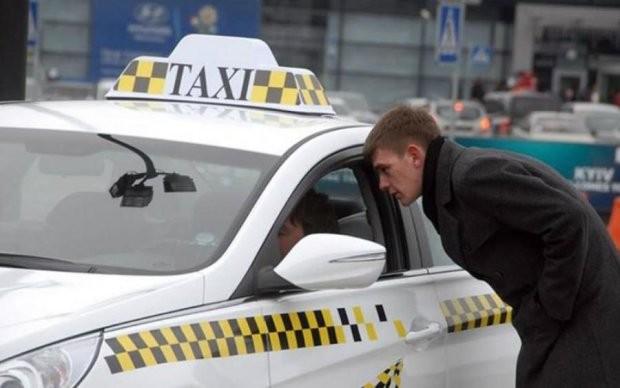 Кабмин решил сделать подарок украинским таксистам