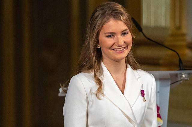 Принцесса Бельгии поступила в Королевскую военную академию