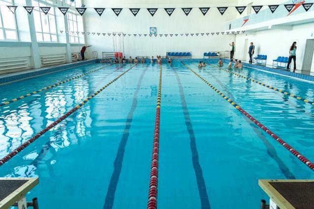 В Минздраве разрешили с 1 июня открыть бассейны и спортзалы