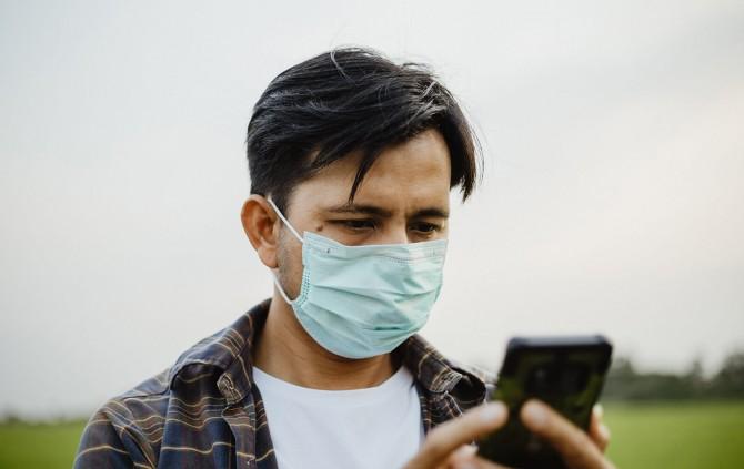 Apple научит смартфоны распознавать лица в масках