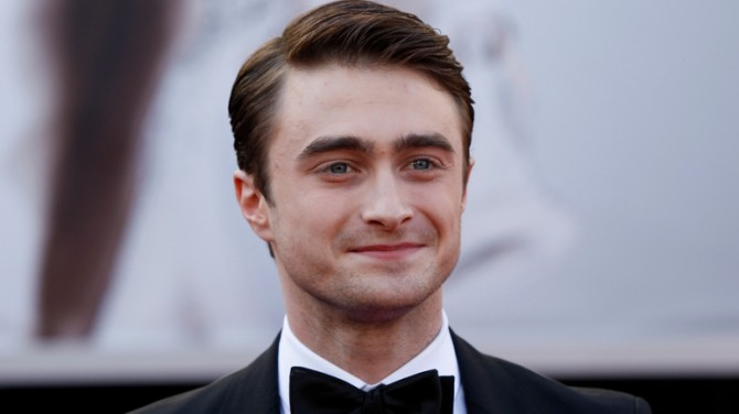 Дэниэл Рэдклифф озвучил часть книги о Гарри Поттере для фанатов на самоизоляции