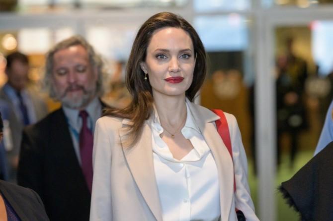 Анджелина Джоли обратилась к Конгрессу США с важной просьбой
