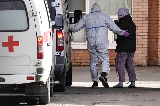 В Украине второй день фиксируют более полутысячи новых случаев COVID-19