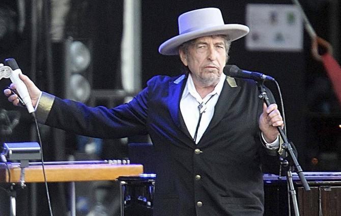 Боб Дилан выпустит альбом впервые за восемь лет