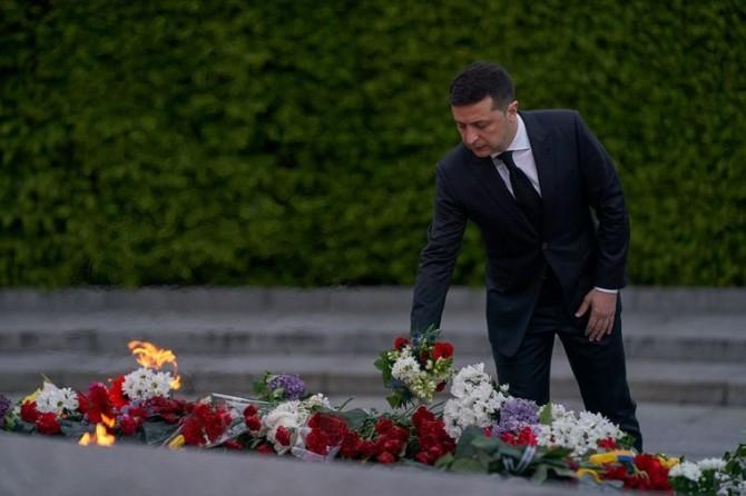 Президент Украины почтил память жертв Второй мировой войны в Киеве и на Закарпатье
