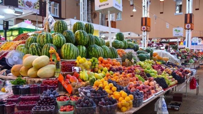 В Киеве с воскресенья заработают 19 рынков