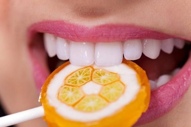 Цитрусовые, кофе и другие вредные для зубной эмали продукты