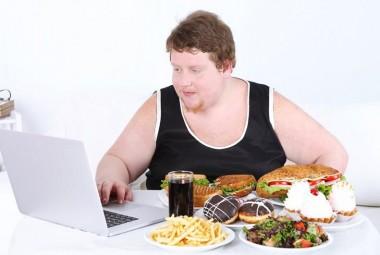 Плохие привычки в питании, которые мешают вам похудеть