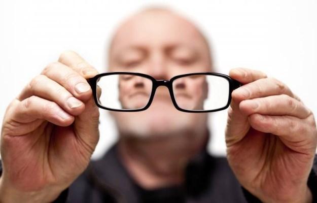 Потеря зрения влияет на восприятие звука и точность слуха