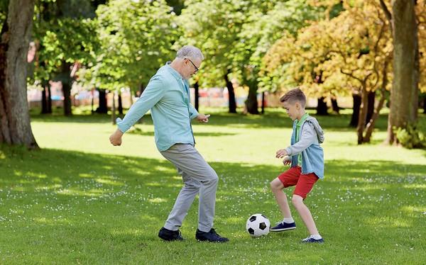 Британские ученые выявили связь между физактивностью и долголетием у пожилых