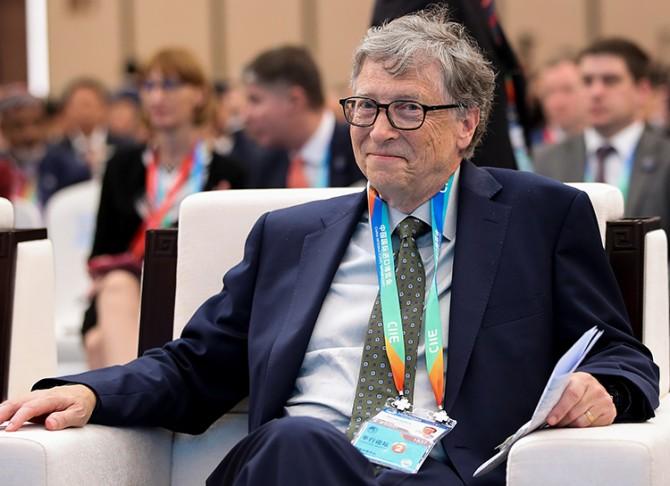 Билл Гейтс прокомментировал обвинения в чипировании людей под видом вакцинации