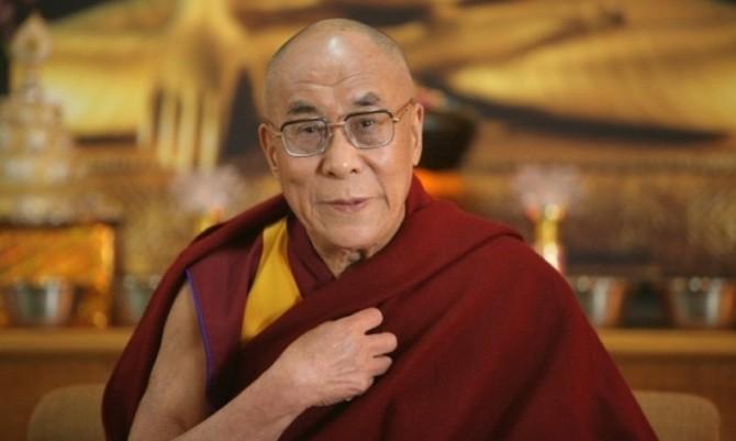 Далай-лама записал дебютный альбом к своему 85-летию (ВИДЕО)