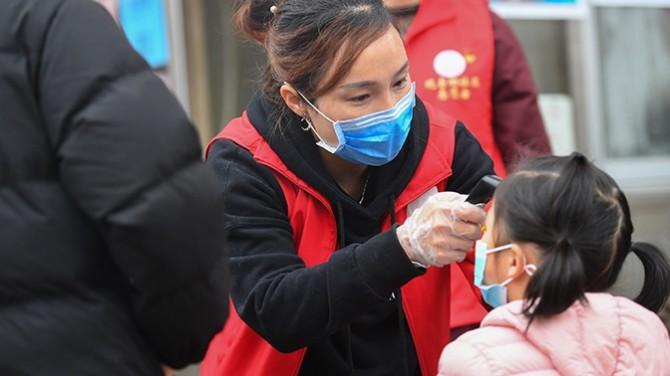 Китайские медики назвали три основных симптома коронавируса у детей