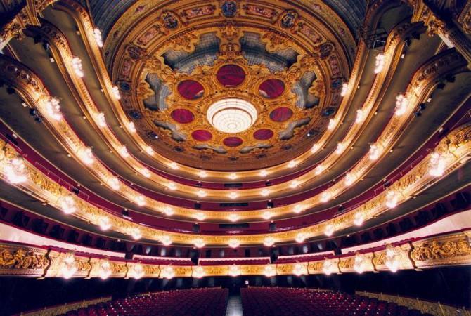 Оперный театр Испании устраивает концерт для растений