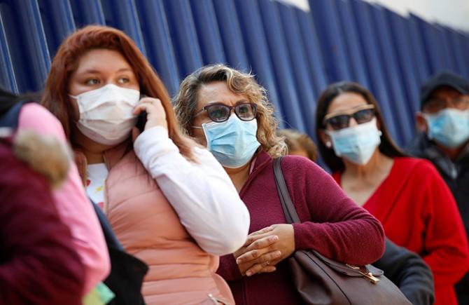 Минздрав Украины назвал места, где можно не надевать медицинские маски