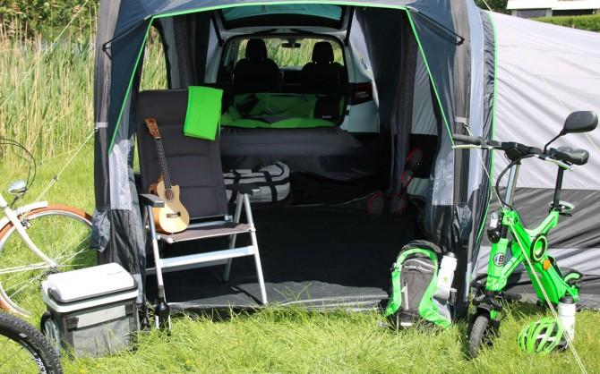 Компания Skoda выпустила практичную палатку-кемпинг (ФОТО)