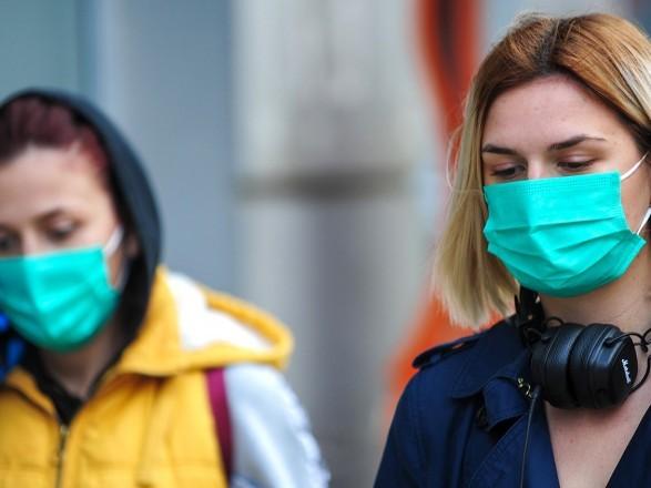 За минувшие сутки коронавирус в Украине обнаружили у 972 человек