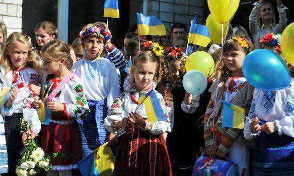 В школах Киева будет звучать гимн Украины перед началом уроков