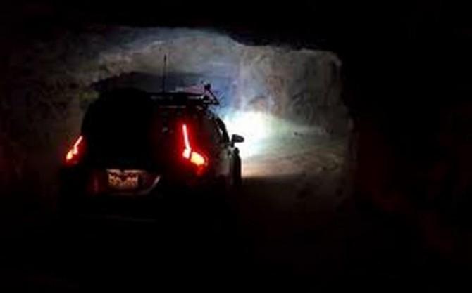 Внедорожная Хонда Джаз способна ездить по пещерам (ВИДЕО)