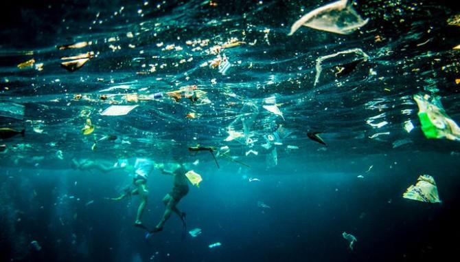 Разлагающиеся в морской воде пакеты из пластика создали в Японии