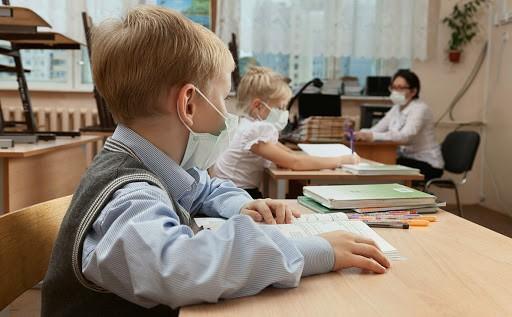 Стало известно, какие правила вводят в школах с 1 сентября