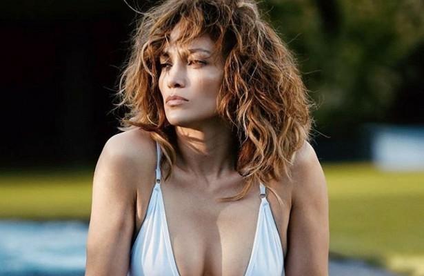 Дженнифер Лопес запускает косметический бренд
