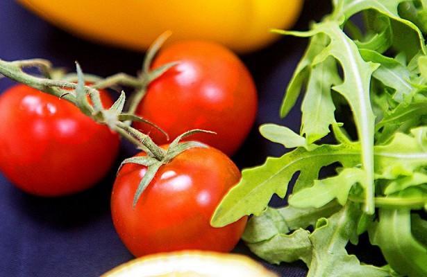 Ученые предупредили об опасности вегетарианской диеты для женщин
