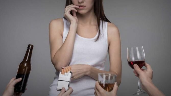 Медики назвали привычку, которая отнимает у здорового человека 10 лет жизни