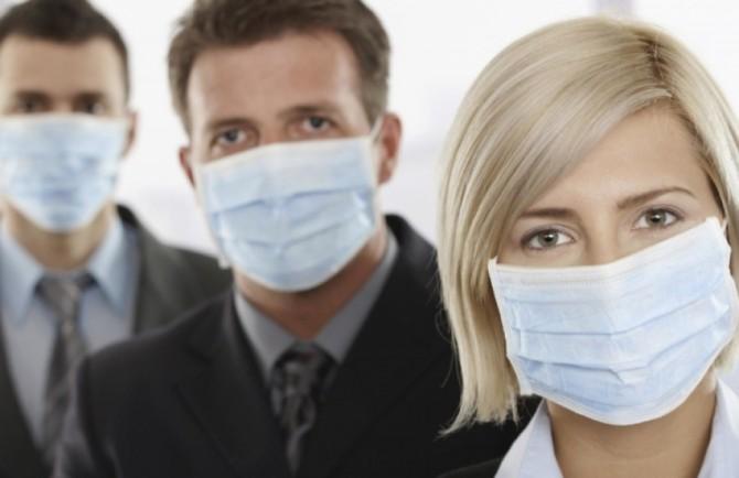 Американские ученые составили рейтинг эффективности масок при коронавирусе