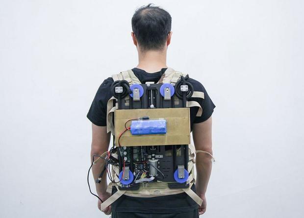 Инженеры из Китая и США разработали уменьшающий нагрузки рюкзак