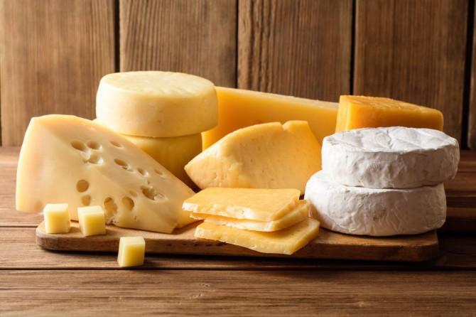 Антиоксиданты в сыре могут защитить кровеносные сосуды от повреждений