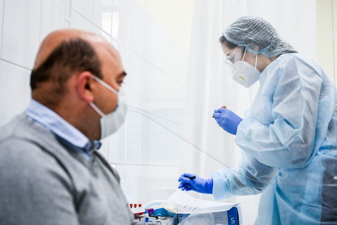 Переболевших коронавирусом предупредили о долгосрочных последствиях