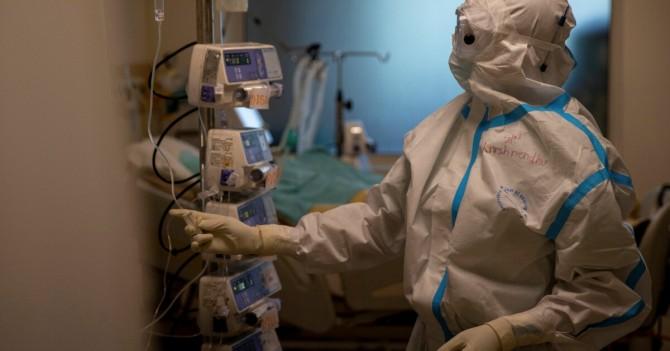 В Украине за сутки 2958 случаев заражения коронавирусом