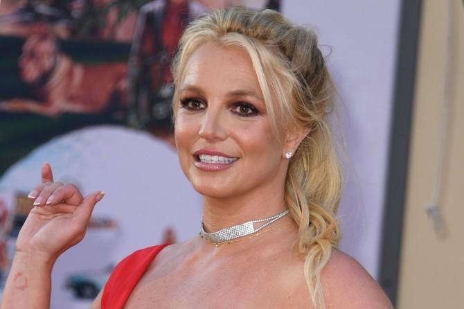 Бритни Спирс показала себя в реальной жизни и призналась в неуверенности