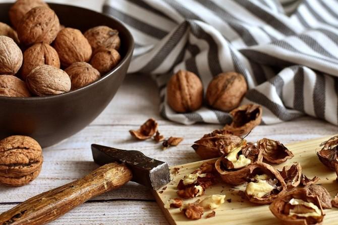 Назван орех, защищающий кишечник от воспалительных заболеваний