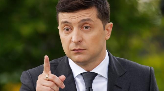 Президент Украины поддержал предложения усилить надзор за соблюдением карантинных мер