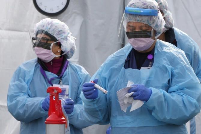 В Украине за сутки почти семь тысяч новых случаев COVID-19