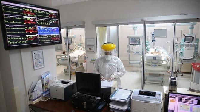 В Украине за сутки новый антирекорд более 12 тыс. заболевших на COVID-19
