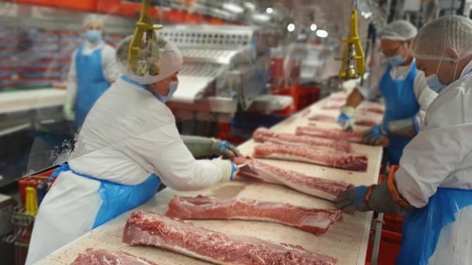 Заразиться коронавирусом от мяса практически невозможно