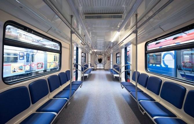 Киев впервые закупит поезда метро со сквозным проходом между вагонами