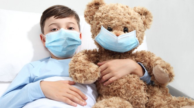 Основным признаком британского штамма COVID-19 у детей названа усталость